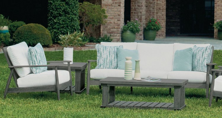 7 Hot Outdoor Furniture Trends in the Pacific Northwest | richshome.com