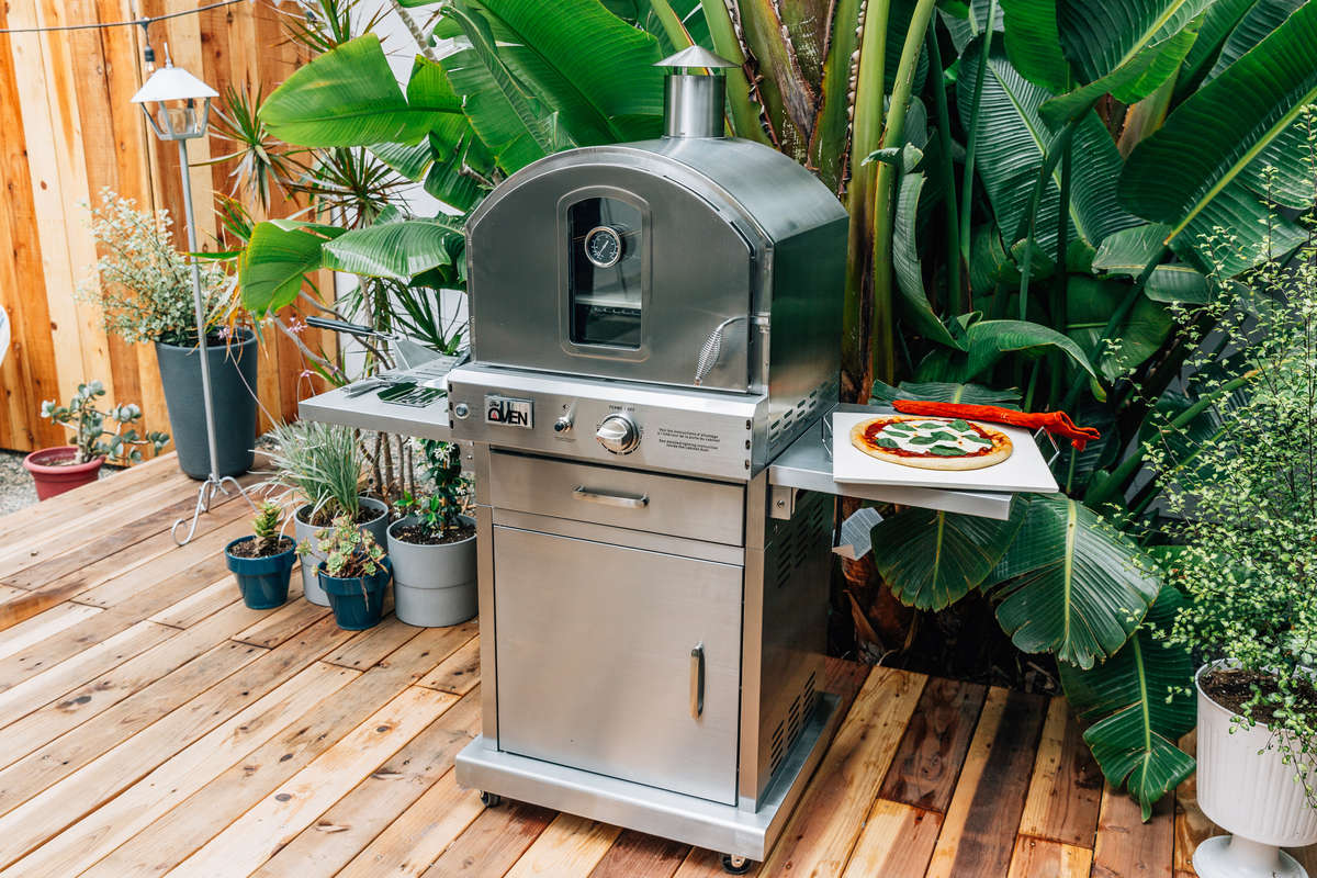 Outdoor Oven: Expand Your Backyard Cooking Experience | richshome.com
